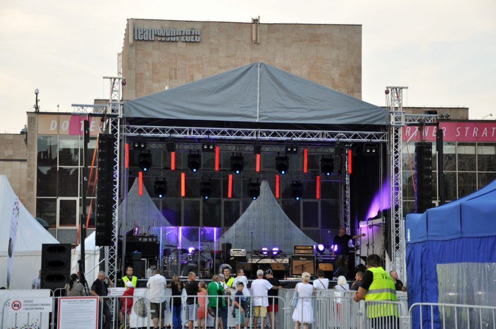 Targ Węglowy - przygotowanie do koncertu Urszuli