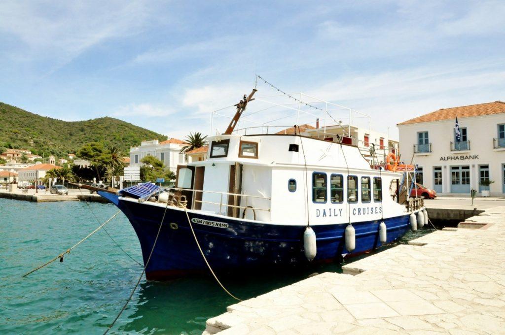Warto zwiedzić wyspę od strony morza