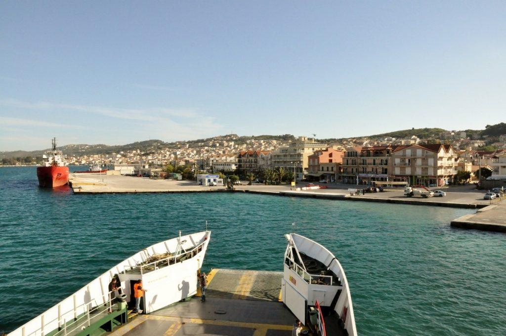 Widok z promu na Argostoli